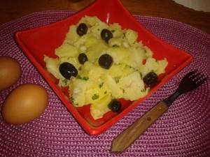 salade de pomme de terre dans SALADE 1044125_664769030209018_247910389_n-300x225