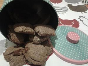 cookies au chocolat dans COOKIES/BISCUITS 1394399_678449338840987_1968868575_n1-300x225